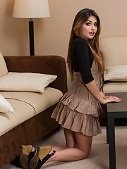 Fetching babe Natasha Malkova gets rid of her dress and lingerie