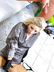 Kinky fashionista enjoys hard twatting turning into pissing action