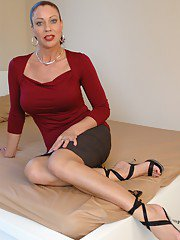 Mature lady on high heels Vanessa Videl uncovering her fuckable curves
