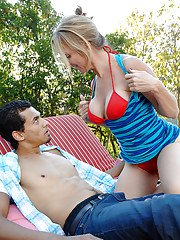 Juggy mature blonde cougar gobbles and fucks a big boner outdoor