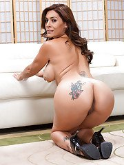 Ravishing latina MILF with tattooes gets rid of her dress and lingerie