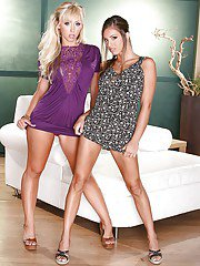Luscious ladies Isabella Sky  Jessica Lynn stripping each other