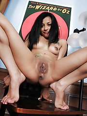 Lecherous latina amateur getting nude and showcasing her shaved gash