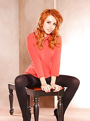 Kissable pornstar babe Lexi Belle presents her amazing redhead coochie