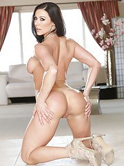 Passionate babe Kendra Lust is perfect almost in every aspect