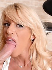 Busty blonde cougar gets mouth fucked and tastes some hot jizz