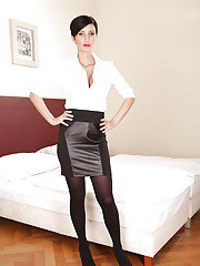 Hard-working milf in stockings is spreading her cool chichilla