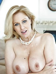 Mature mom with big tits Julia Ann seduces young horny fellow