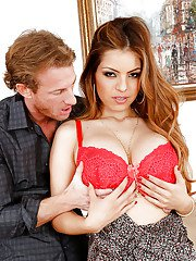 Spoony Latina wife Yurizan Beltran is getting more than she deserves