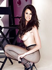 Centerfold brunette babe Holli Pockets is the sexiest model in the biz