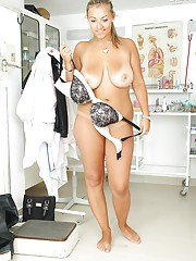 Hot babe Krystal Swift undresses in medical room and plays with hole