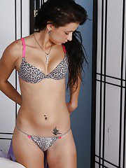 Undressing session with gorgeous Latina whore Mandy Sky