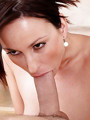 Hot milf Simona Style fucked in the mouth and tastes fresh cum