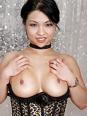 Close up posing from a super hot Asian porn model Alexis Lee