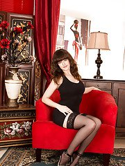 Clothed milf Kate Anne is showing her ass in perfect stockings