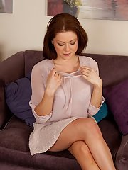 Astonishing milf Miah Croft in the hottest posing scene ever