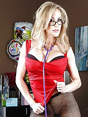 Super hot doctor in sexy glasses Brandi Love is teasing her patient