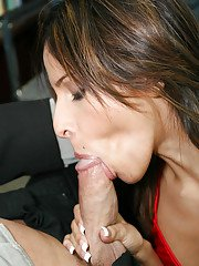Giggly hooker Lila James pleasing her rude boss with a deepthroat