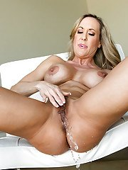 Squirting MILF Galleries