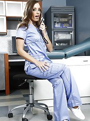 Skinny nurse Jamie Jackson is posing in a uniform and sexy pantyhose