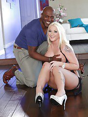 Leya Falcon and her dark-skinned friend fucking hard and getting satisfied