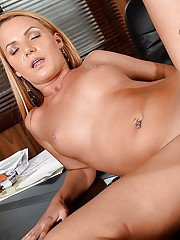 Skillful blonde Christine Love wants to be nailed right on the table