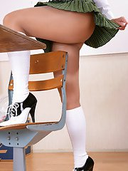 Slutty mature Roni acts like a schoolgirl and gets naughty in class