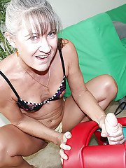 Masturbating scene featuring mature chick and her favorite toy