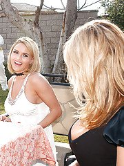 Mature amateur Kelly Madison shows has fun with her gf outdoor