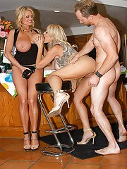 Groupsex with beautiful blonde milfs feat. busty Charlle Chase