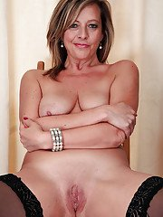Shaved pussy and saggy tits of hot milf Silky Thighs Lou in stockings