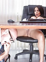 Latina cutie with big tits Lela Star has her pussy licked out in office