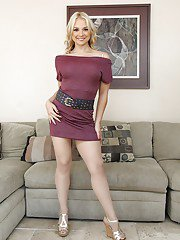 Close up posing from a milf blonde Sarah Vandella in her stockings