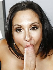 Big tits cougar milf Ava Addams has her tits covered in cumshot