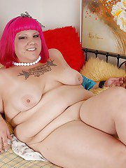 Undressing session features mature fatty with sexy tattoos Aubrey