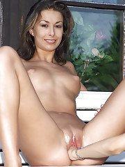 Tanned amateur brunette Hannah shows off her sweet slender body