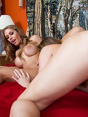 Ladies Chanel Preston and Nicole Aniston are playing with this dong