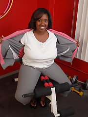 Fatty ebony Elite is undressing right after hardcore workout!