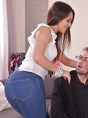 Latina Samia Duarte fucks in her mouth with hardcore boss on cam