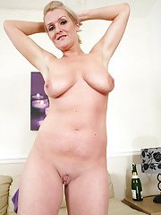 Big-tit blonde Jade is touching her accurate snatch on camera