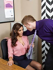 Latina Francesca Le was licked and fucked by her new coworker