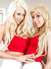 Carmen Caliente and Courtney Taylor are showing off their asses