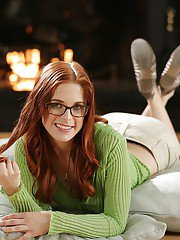 Awesome bookworm Penny Pax shows her all-natural big boobies