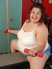 Fatty mature SSBBW Reyna poses in the locker room naked on cam