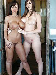 Awesome lesbian humping with slender Lisa Ann and Holly Michaels