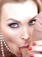 Pure mature dick-sucking babe with big tits Tanya Tate gives head