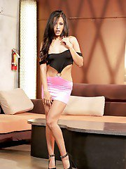 Amazing babe Latina Bailey Blue is demonstrating her stunning body