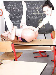 Astonishing lesbians Nathaly Cherie and Gina Devine are banging hard