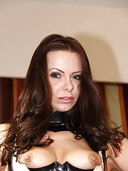 European babe Amica Bentley poses very hot in her sexy latex suite