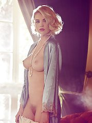 Blonde centerfold babe Kayslee Collins makes classic nude photos